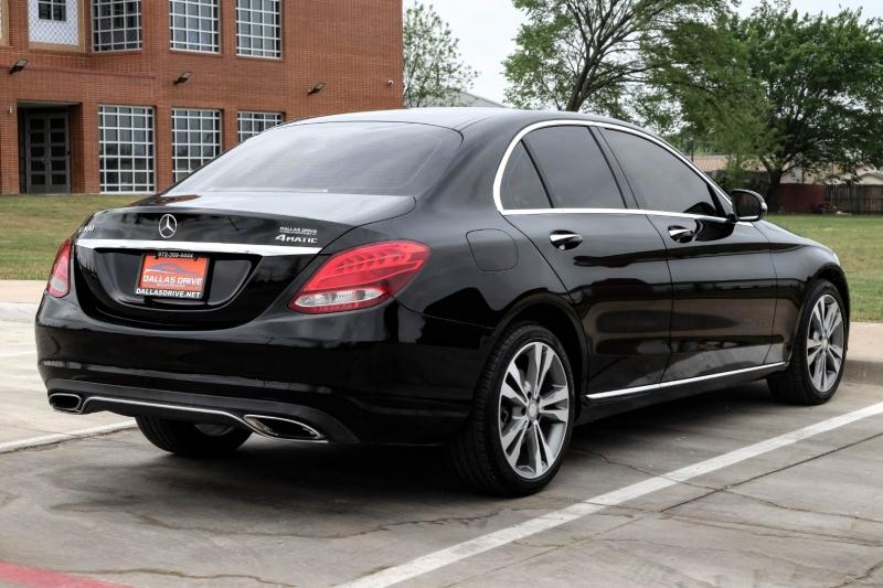Mercedes-Benz C-Class 2015 price $17,788