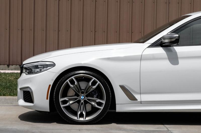 BMW 5-Series 2019 price $59,788
