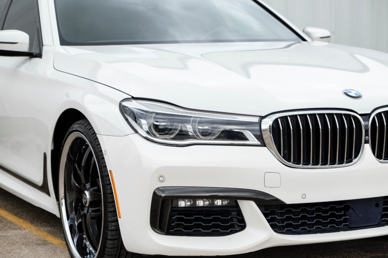 BMW 7-Series 2016 price $37,488