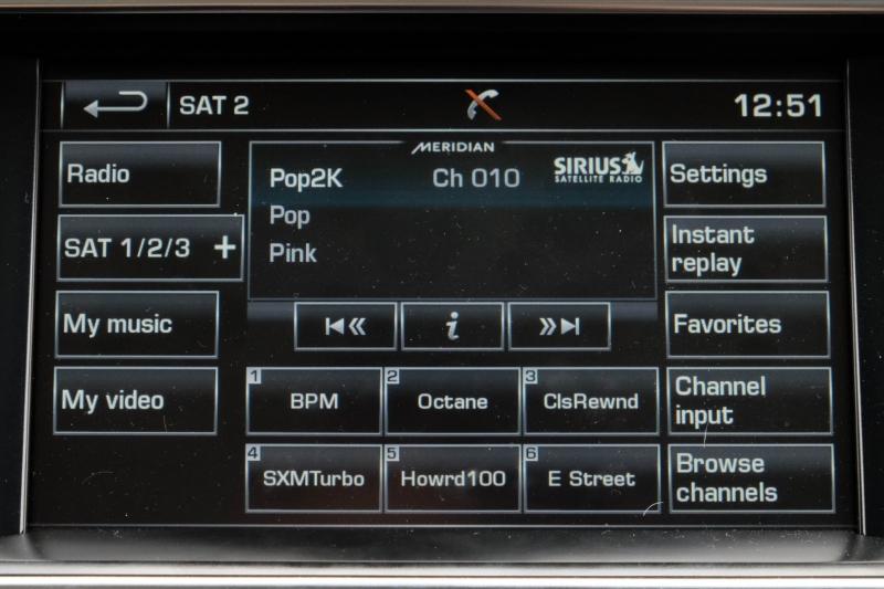Land Rover Range Rover 2015 price $43,988