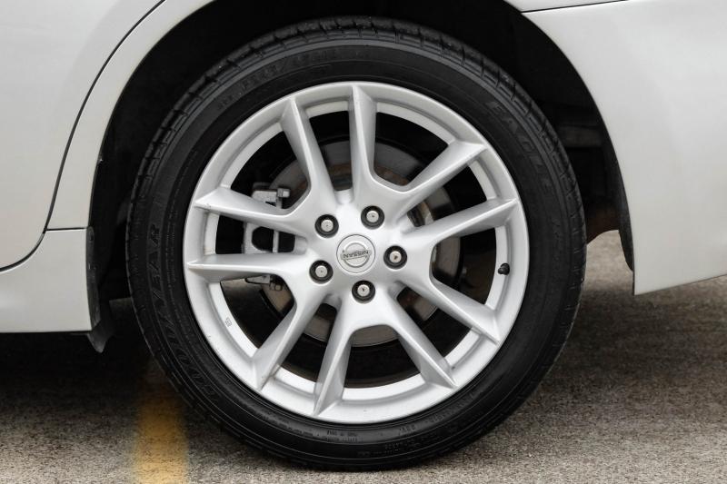 Nissan Maxima 2014 price $9,488