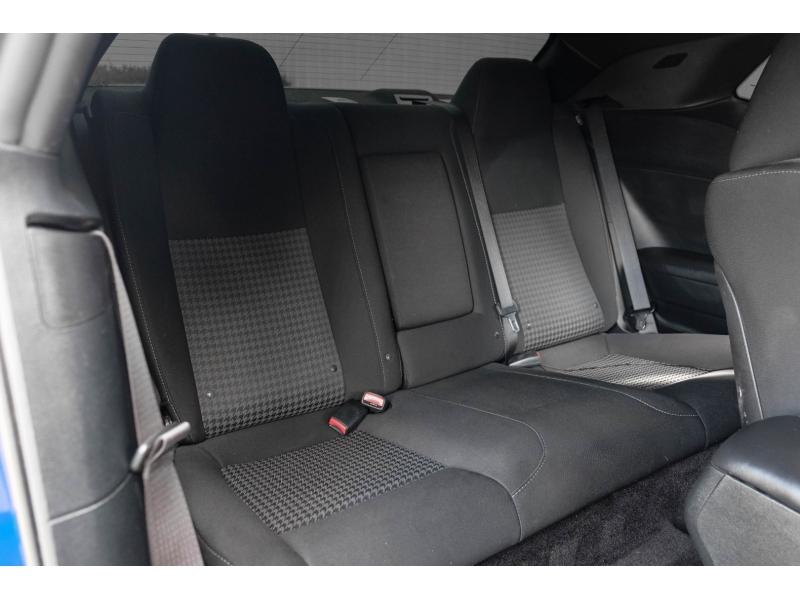 Dodge Challenger 2018 price $39,991