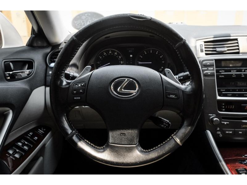 Lexus IS 250 2006 price $7,277