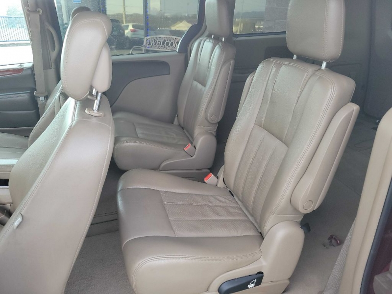 CHRYSLER TOWN & COUNTRY 2012 price $7,695