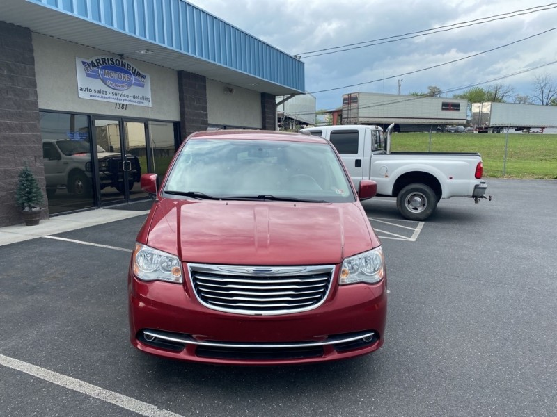 CHRYSLER TOWN & COUNTRY 2015 price $11,990