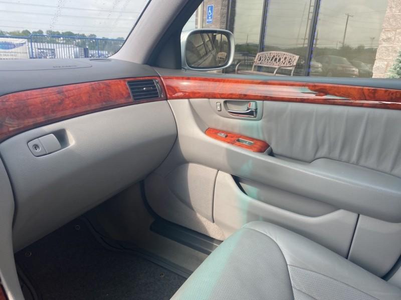 LEXUS LS 430 2005 price $9,990