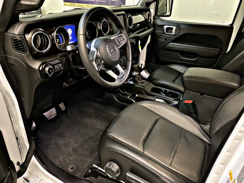 Jeep Wrangler Unlimited 2019 price $41,900