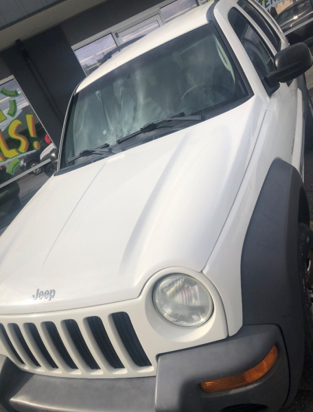 Jeep Liberty 2003 price $4,995