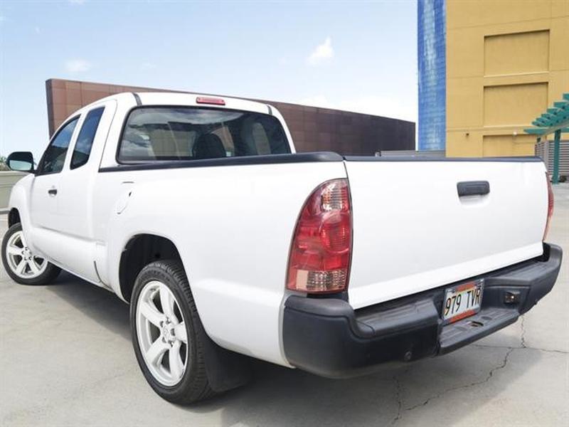 Toyota Tacoma 2015 price $22,995