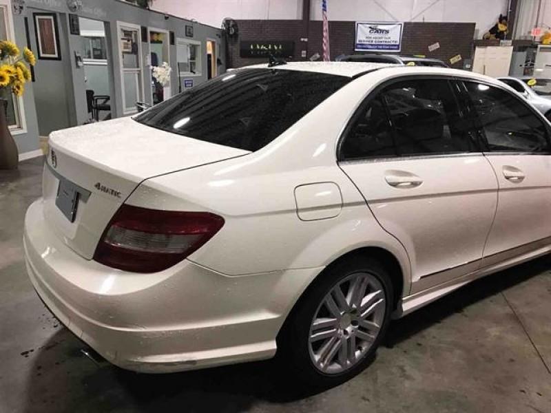 Mercedes-Benz C-Class 2009 price $10,950