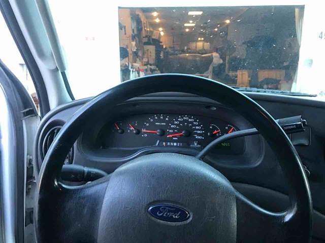 Ford E250 Super Duty Cargo 2004 price $6,450