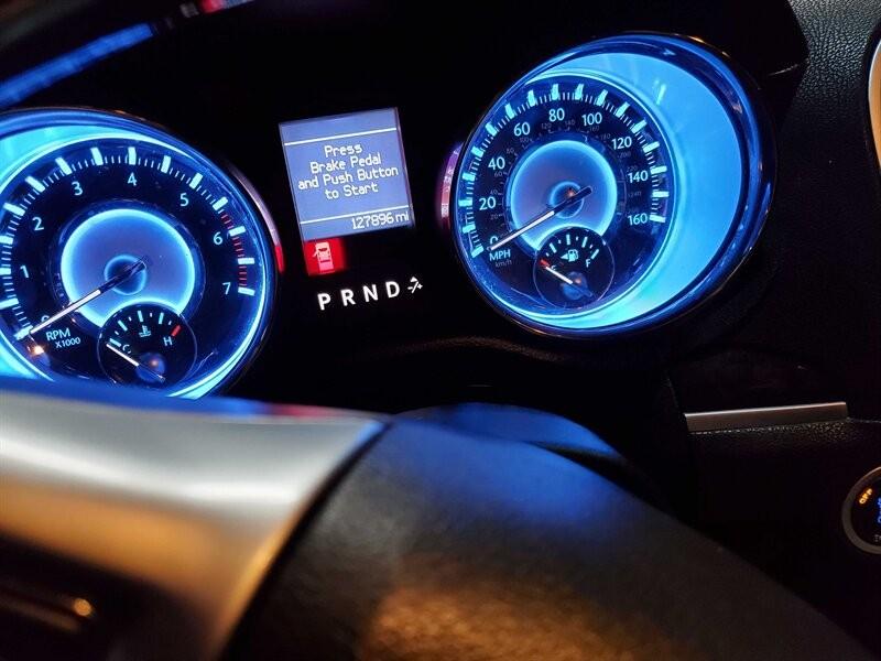 Chrysler 300 Series 2011 price $11,995