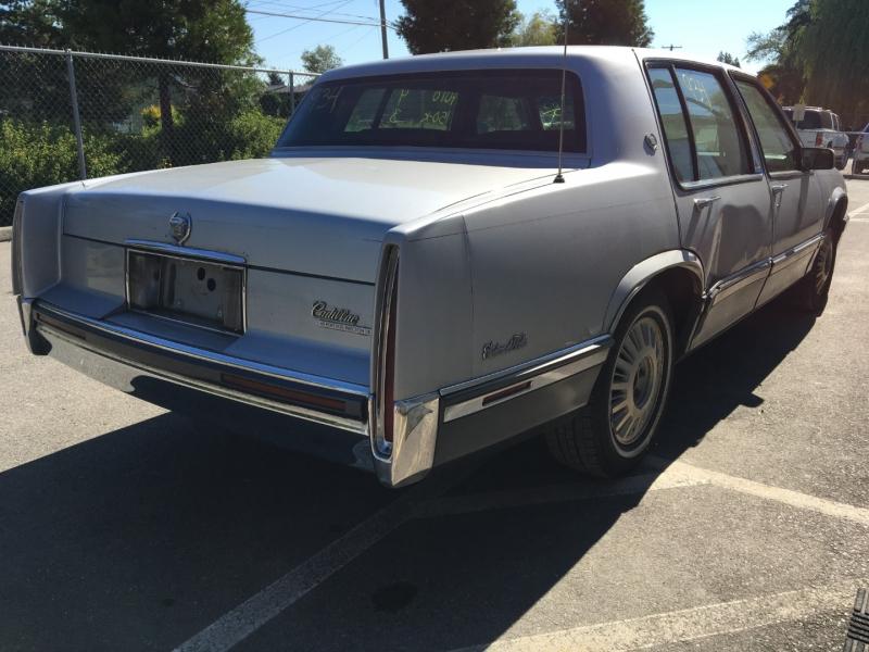 Cadillac Deville 1991 price $700 Cash