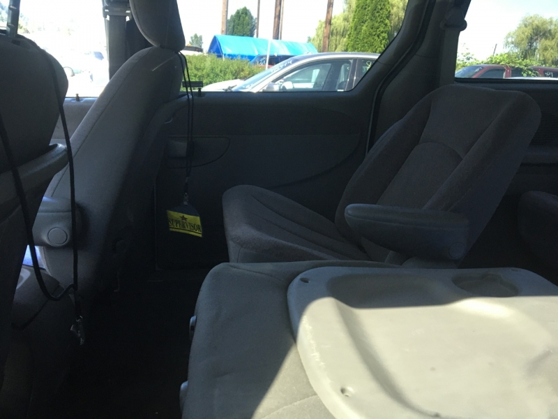 Dodge Caravan 2001 price $900 Cash
