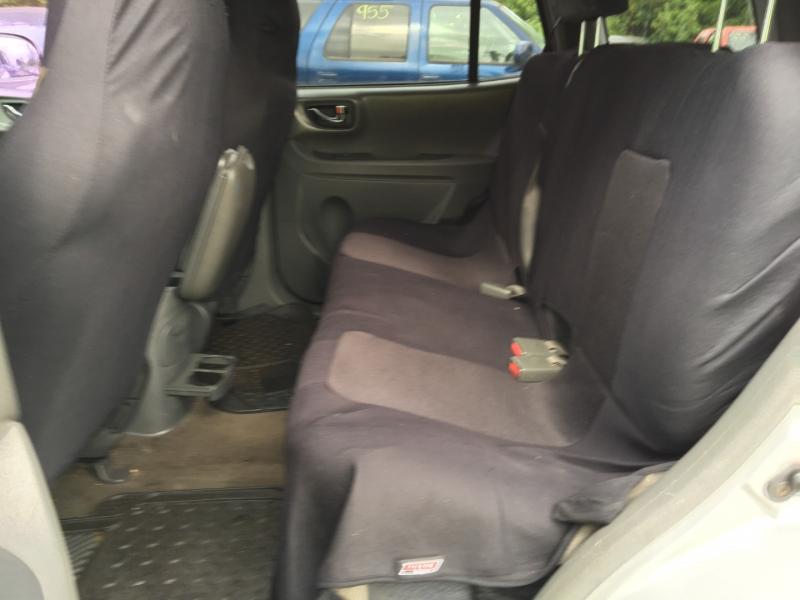 Hyundai Santa Fe 2003 price $400 Starting BId