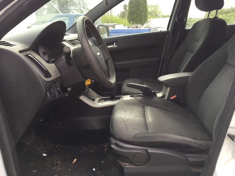 Ford Focus 2008 price $1500 Selling Price