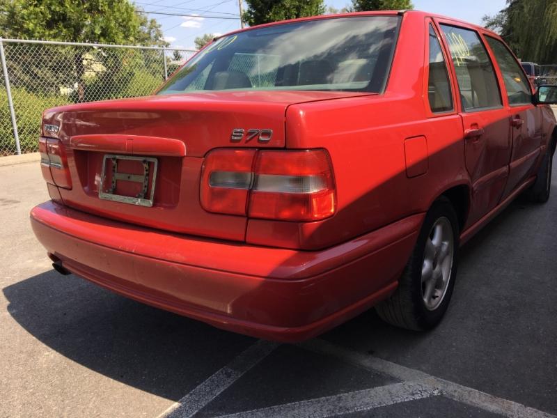 Volvo S70 1998 price $1,150 Cash