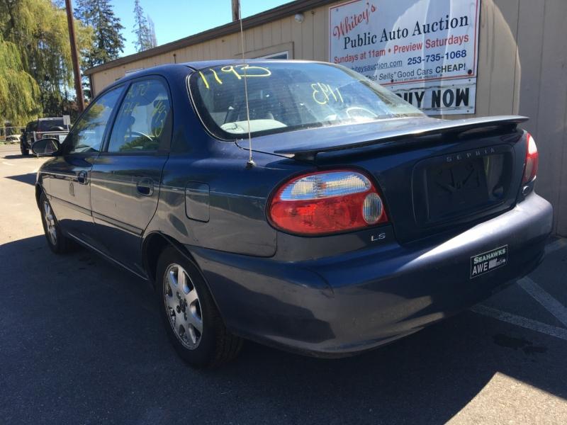 Kia Sephia 2001 price $920 Cash