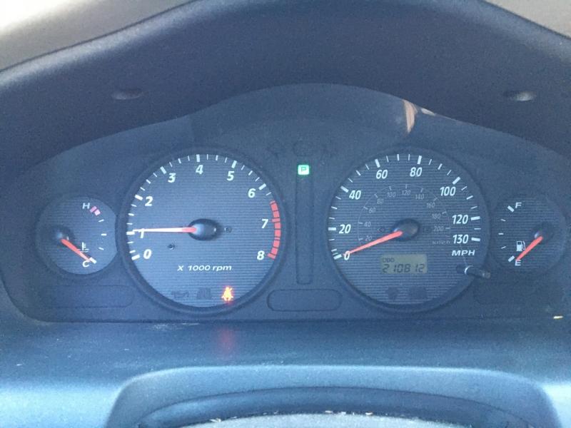 Hyundai Santa Fe 2001 price $1,035 Cash