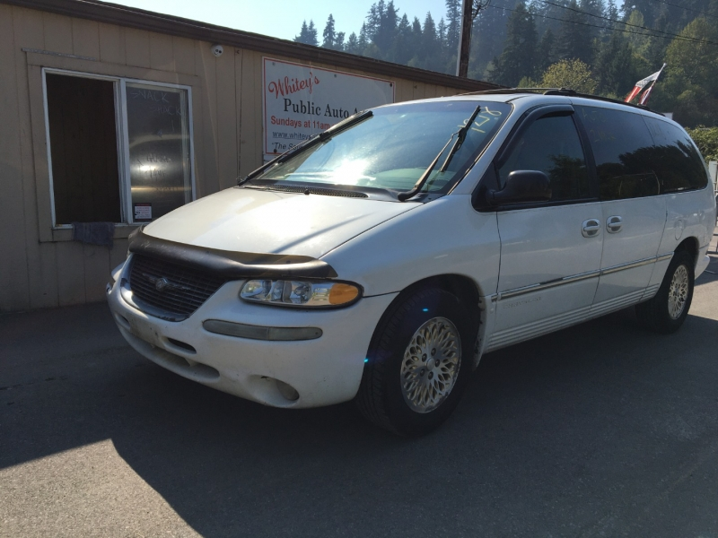 Chrysler Town & Country 1998 price $650 Cash