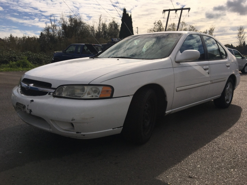 Nissan Altima 2000 price $350 Cash