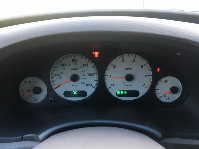 Dodge Caravan 2002 price $1,000 Cash
