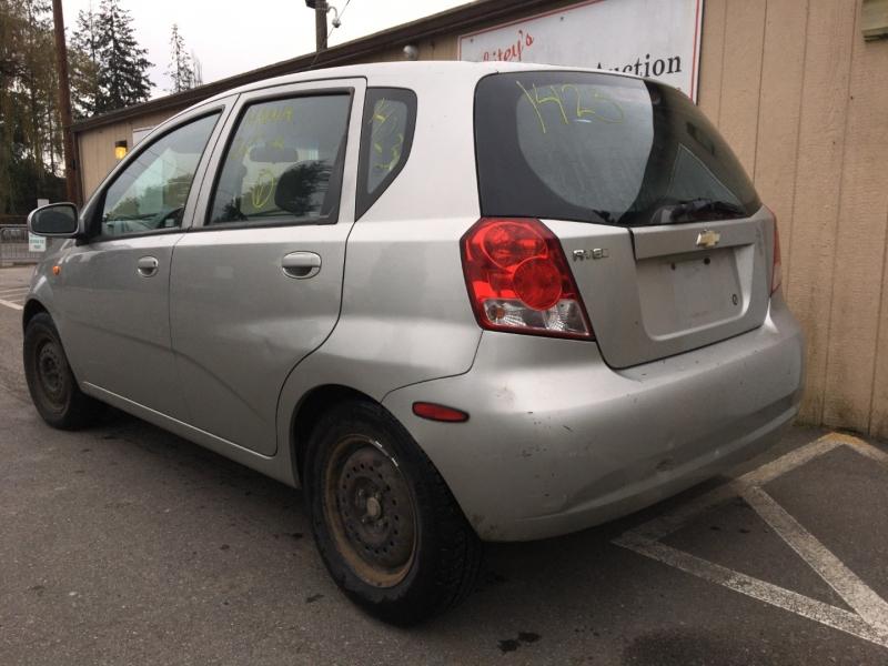 Chevrolet Aveo 2004 price $585 Cash