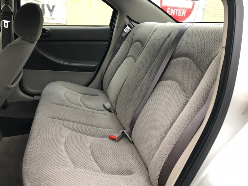 Chrysler Sebring Sdn 2005 price $2,100 Cash