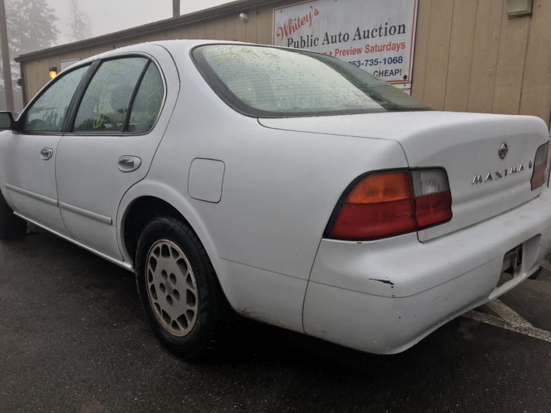 Nissan Maxima 1996 price $1,400 Cash