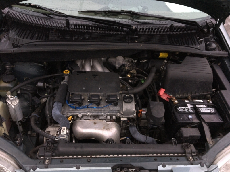Toyota Sienna 2000 price $2,475 Cash