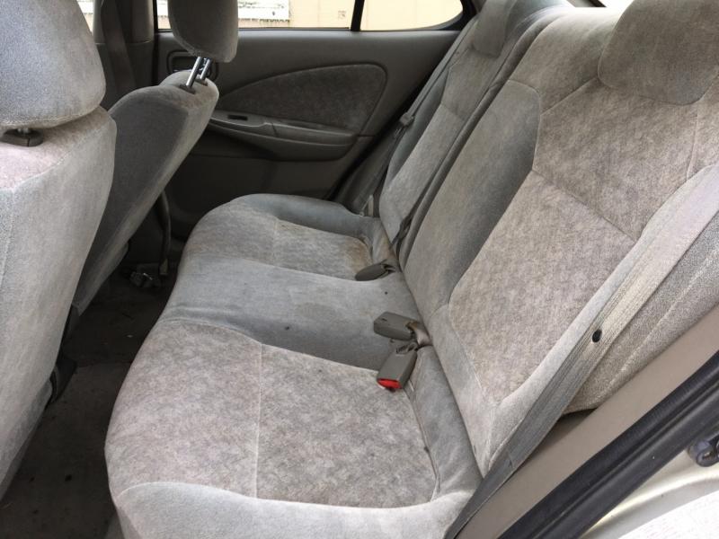 Nissan Sentra 2002 price $1,775 Cash