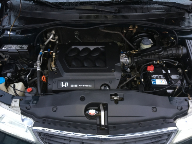 Honda Odyssey 2001 price $2,400 Cash