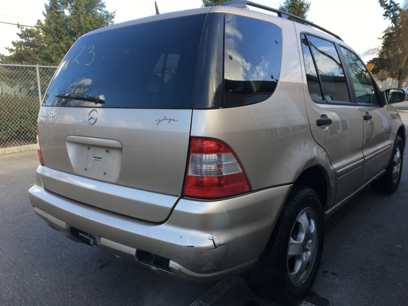 Mercedes-Benz ML350 2004 price $1,100 Cash