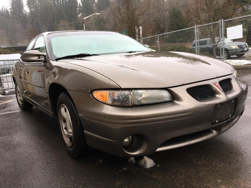 Pontiac Grand Prix 2003 price $700 Cash