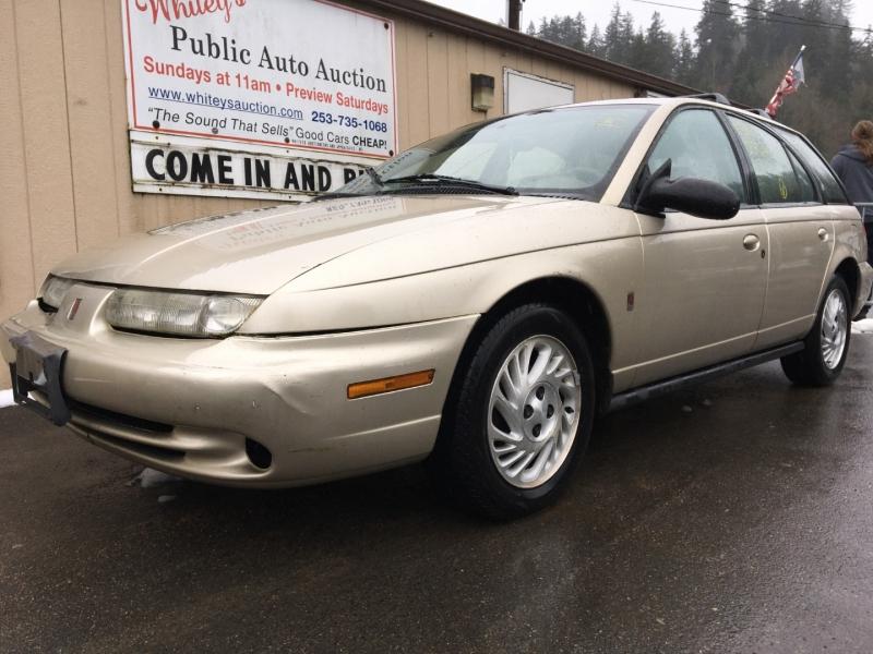 Saturn SW 1999 price $525 Cash