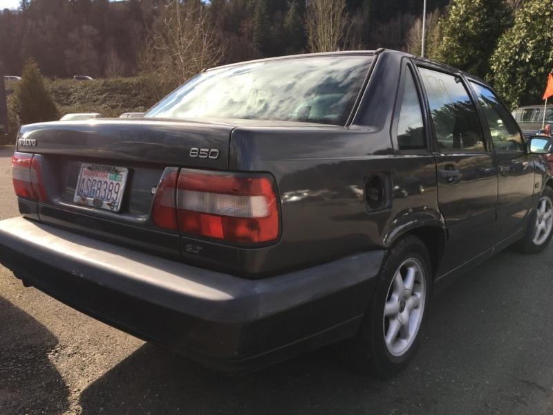 Volvo 850 1996 price $400 Cash