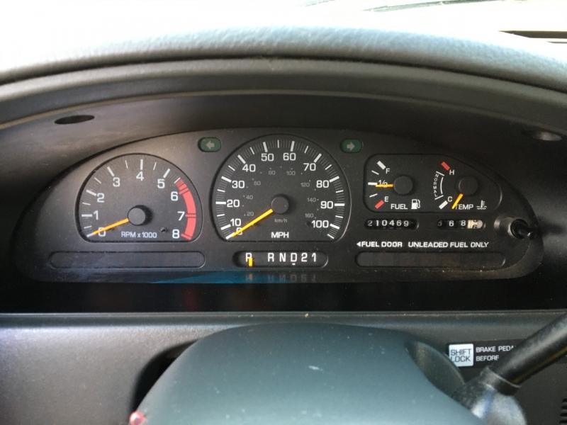 Nissan Quest 1999 price $1,200 Cash