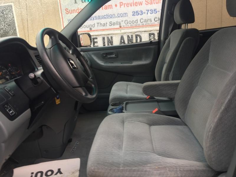Honda Odyssey 2004 price $2,750 Cash