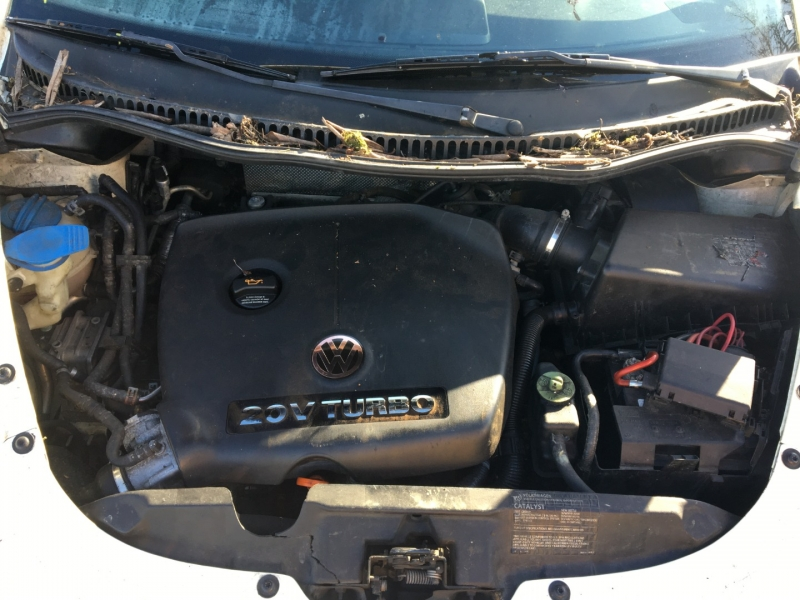 Volkswagen New Beetle Coupe 2005 price $600 Cash