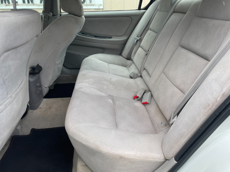 Nissan Maxima 2003 price $1,600 Cash
