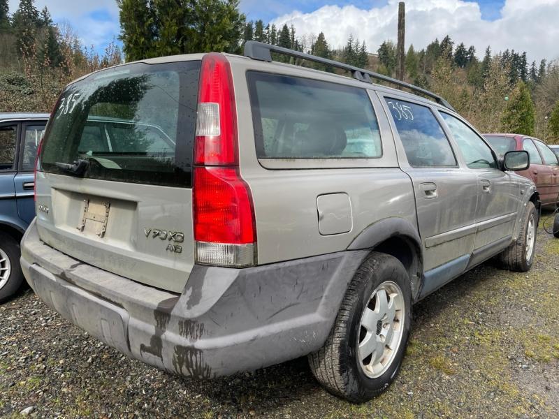 Volvo V70 2002 price $475 Cash