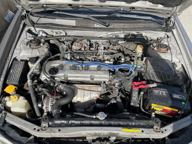Nissan Altima 2000 price $1,375 Cash