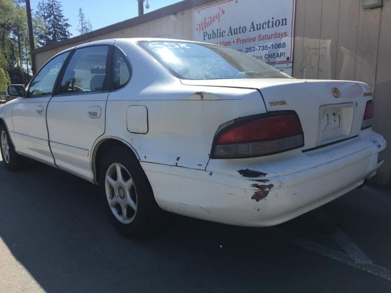 Toyota Avalon 1996 price $675 Cash