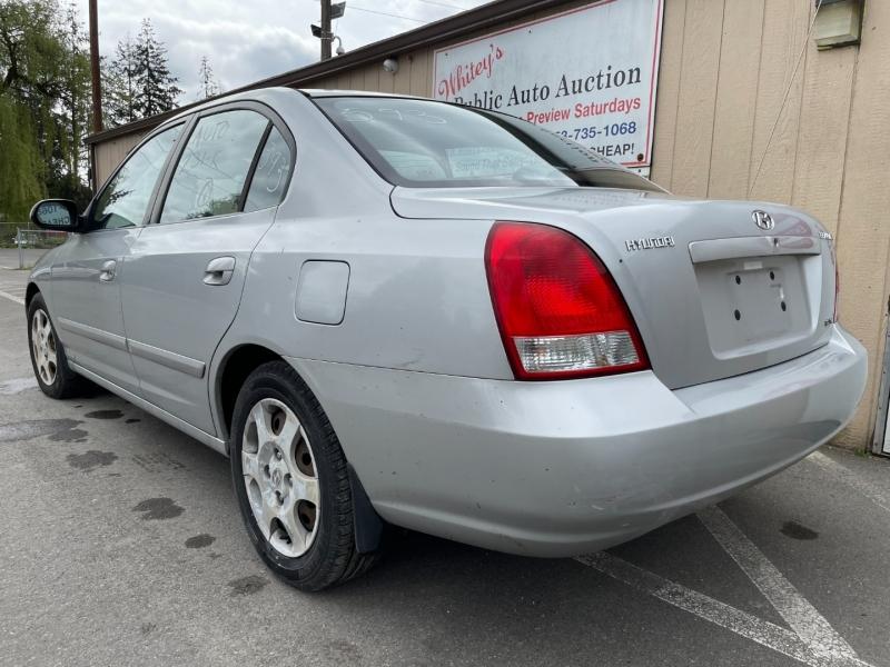 Hyundai Elantra 2001 price $975 Cash