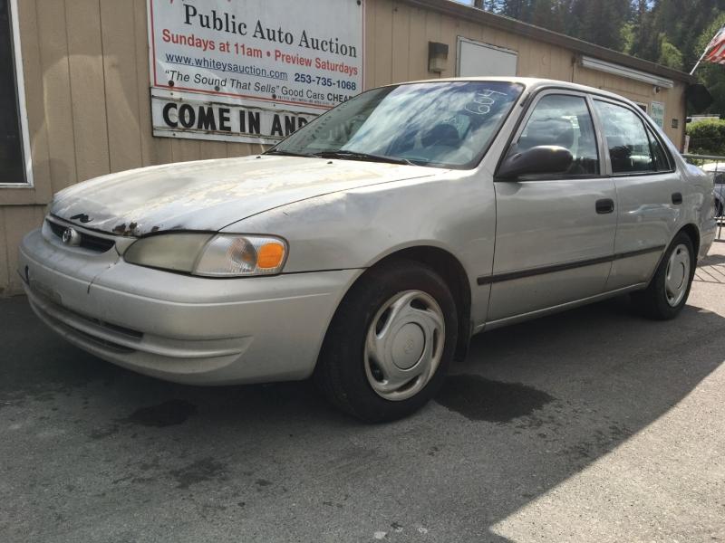 Toyota Corolla 1999 price $675 Cash