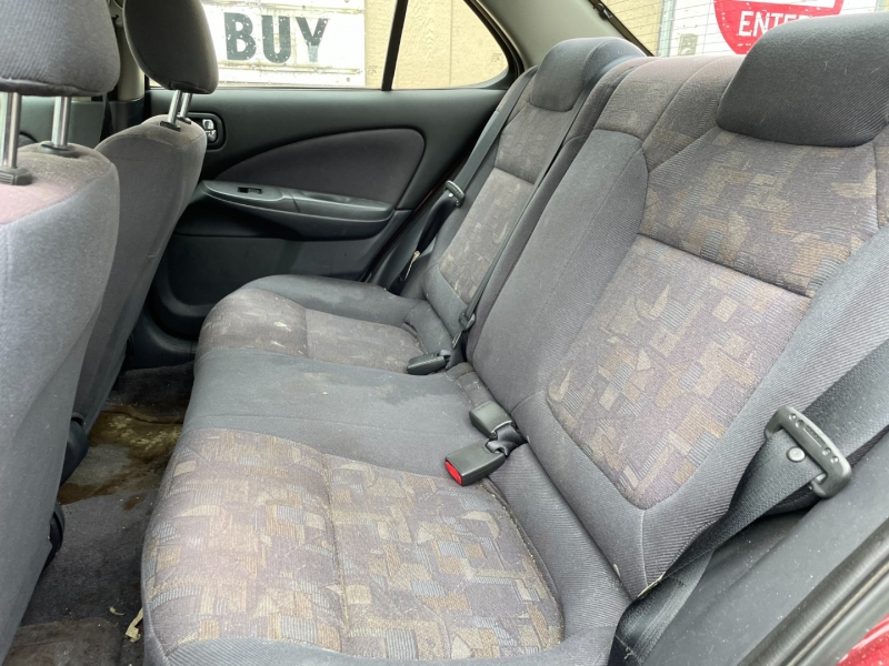 Nissan Sentra 2001 price $1,700 Cash