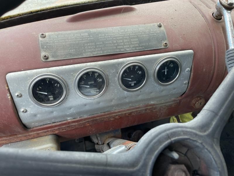 GMC TRUCK 2TON 1946 price $1,000 Cash