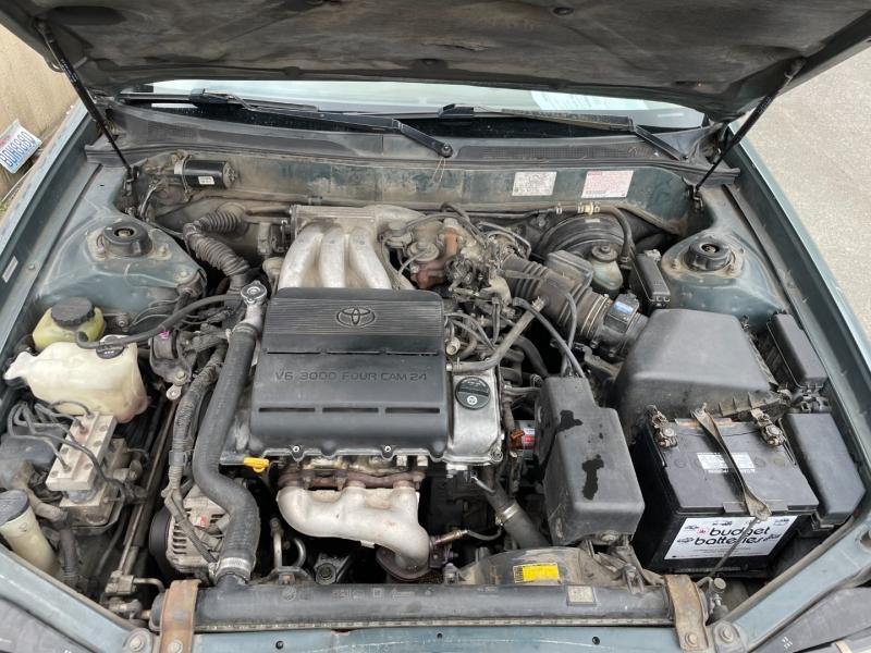 Toyota Avalon 1995 price $650 Cash