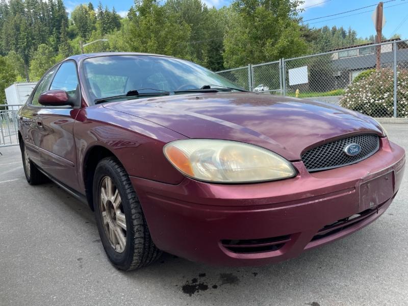 Ford Taurus 2005 price $1,150 Cash