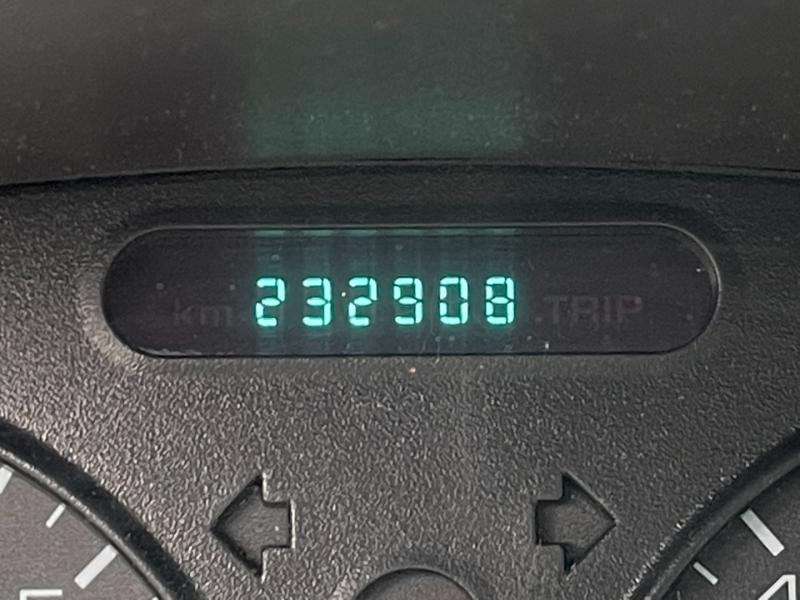 Oldsmobile Alero 2000 price $900 Cash